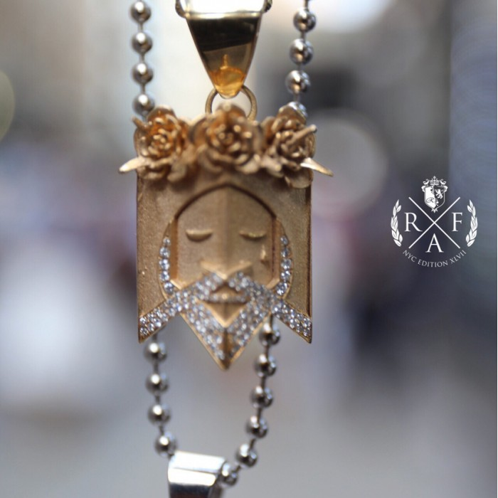 The keeper jesus head pendant 14k gold 1 ct micro pave 21 gr the keeper jesus head pendant 14k gold 1 ct micro pave 21 gr mozeypictures Gallery