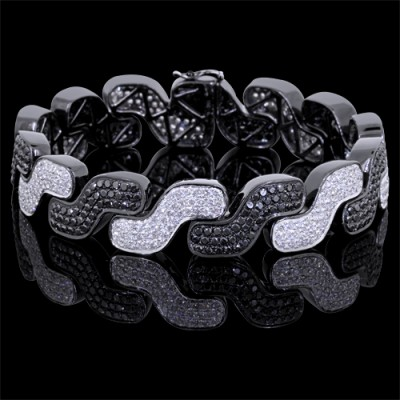 White & Black Diamond Tennis Bracelet White & Black 10K Gold 15.89 ct Pave' 40 g